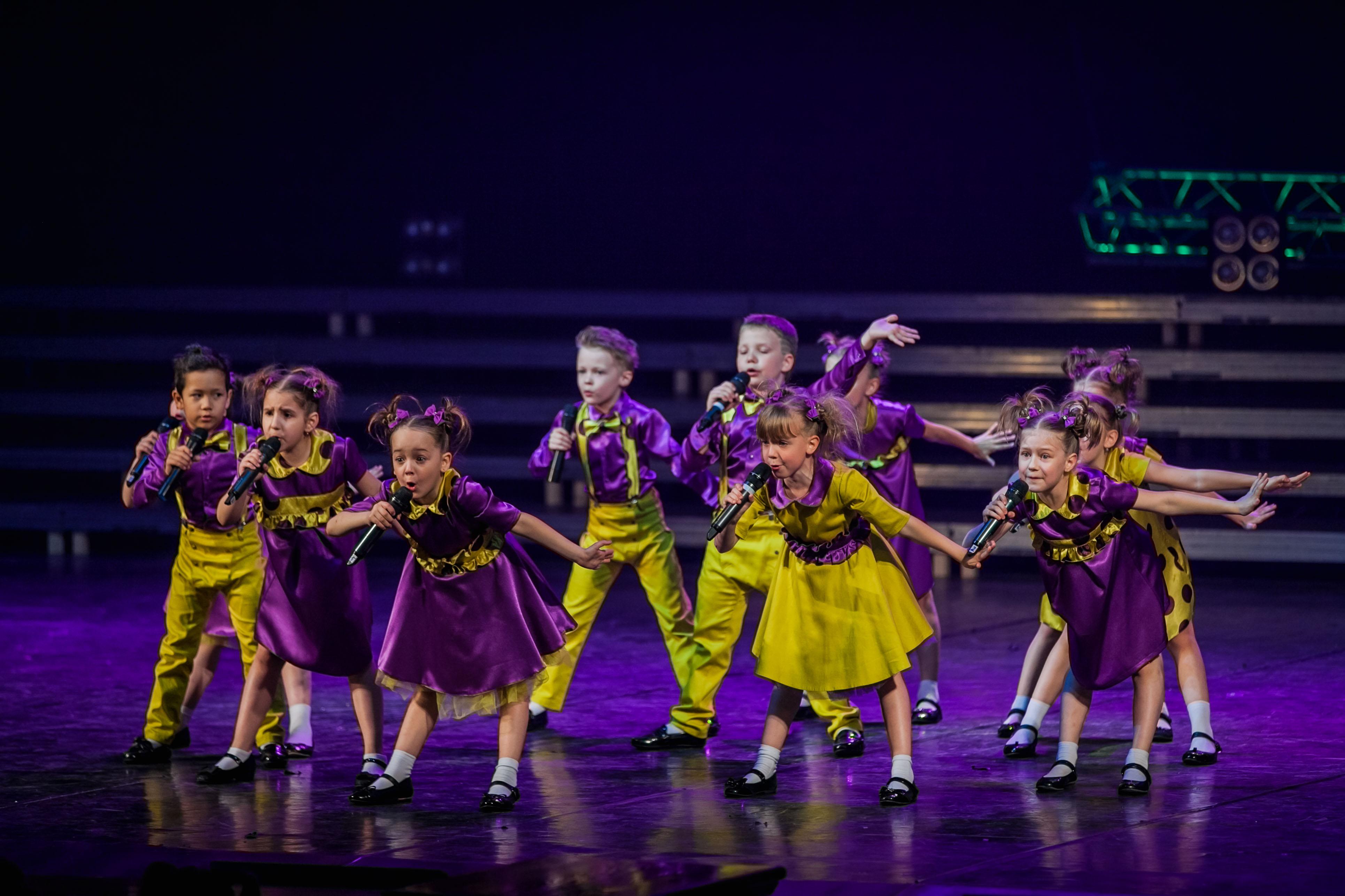 Веселые танцы для детей 5 лет — здоровье в музыке как сильно сегодня отличается время от того , которое было двадцать лет назад и это прекрасно.